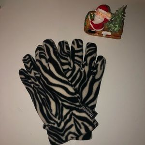 Zebra winter gloves 🦓